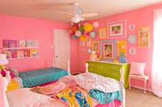 love this shared girls room! Like the colors. The pink walls are a bit much but like the color scheme