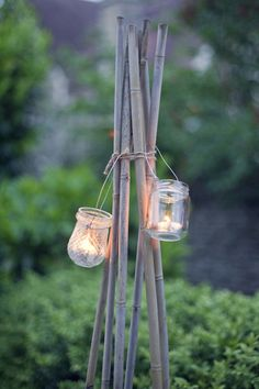 Jampotlichtjes aan bamboestokken   jarlights on bamboo sticks
