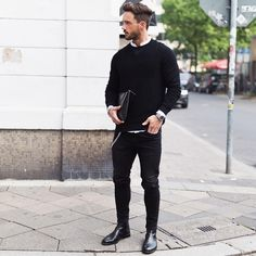 Chelsea Boots Men Outfit Ideas how to wear dress boots black chelsea boots outfit black Chelsea Boots Men Outfit. Here is Chelsea Boots Men Outfit Ideas for you. Chelsea Boots Men Outfit how to wear chelsea boots for any occasion the tren. Mens Boots Fashion, Best Mens Fashion, Mens Fashion Suits, Style Fashion, Ootd Fashion, Daily Fashion, Black Chelsea Boots Outfit, Black Boots Outfit, Dress Boots