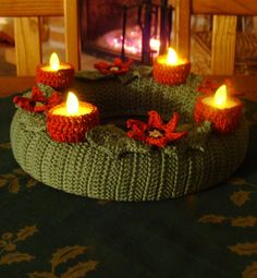 Elvesztetted a fonalat? Crochet Wreath, Christmas Wreaths, Christmas Tree, Tree Skirts, Tea Lights, Advent, Candles, Table Decorations, Holiday Decor