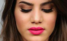 Camila Coelho com lábios rosa