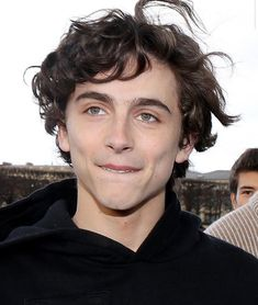 chalamet by illogicallyemma (𝙚𝙢𝙢𝙖 *) with reads. Beautiful Boys, Pretty Boys, Beautiful People, Liam Payne, Louis Tomlinson, Timmy Time, Celebs, Celebrities, Aesthetic Pictures