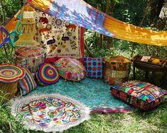 hippie room decor 836473330774349705 - Hippie decor SET floor seating Boho canopy Yoga room Festival tent Hippie wedding Bohemian curtain Meditation pillow Gypsy decor Inspiration Source by Bohemian Bedrooms, Trendy Bedroom, Bohemian Curtains, Bohemian Backdrop, Boho Rugs, Gypsy Living, Bohemian Living, Bohemian Gypsy, Hippie Living Room