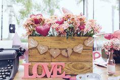 Decoração (flores de feltro + flores + sugestões para casal)