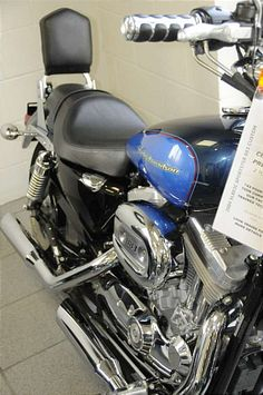 Photo of a 2004 Harley-Davidson® XL883C Sportster® 883 Custom