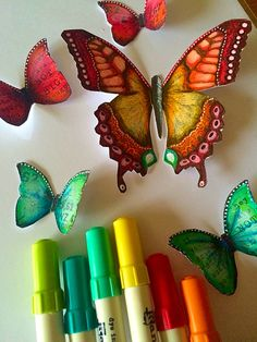 Playing with distress markers @ranger_ink @artfromtheheart_uk #distressmarkers #rangerink #butterfly #butterflies #color #colour #colouring #mixedmedia #mixedmediaart
