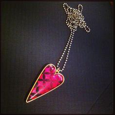 Cerise tapa heart pendant 3, Pendants, Brooch, Pendant Necklace, Diamond, Chic, Heart, Handmade, Jewelry
