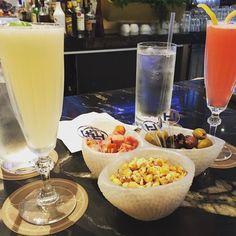 #happyhour at the Loews Miami Beach.  #loewsmiami #loewsmiamibeachhotel #loews #hotel #hotels #miami #miamibeach #southbeach #vacation #vacationtime #vacay #beach #beachlife #enjoy #summer #summer2017
