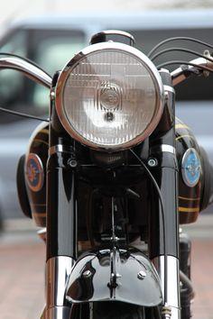 1954 AJS Model 18 500cc Ajs Motorcycles, British Motorcycles, Motorcycle Museum, James Dean, Classic Bikes, Vintage Bikes, Motorbikes, Dan, Life