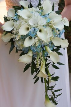 KellysFlowers_White Calla Lily Cascade bouquet with Blue Hydrangea.jpg