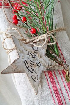 Christmas Star place setting. Would also be good to use as package tags.