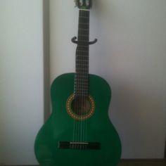 My pretty green gitar!