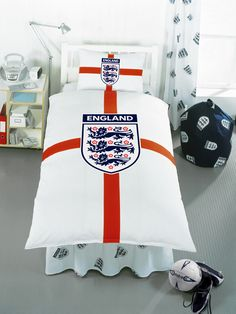 England Football England St George Single Duvet Cover and Pillowcase Bedding Duvet Size 137cm x 200cm (54in x 78in). Pillowcase Size 50cm x 75cm (19in x 29in). 50% cotton, 50% polyester. Machine Washable. To fit single bed 90cm x 190cm (36in x 75in) http://www.comparestoreprices.co.uk//england-football-england-st-george-single-duvet-cover-and-pillowcase-bedding.asp