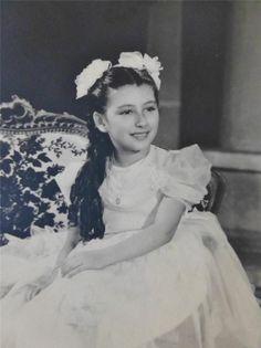 Vintage Old Photo Pretty Hispanic Girl Princess Like Dress and Hair Bows C1940s | eBay