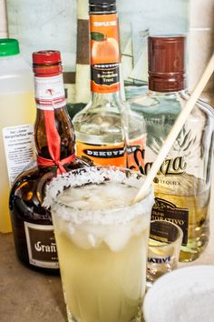 A top shelf margarita recipe found in a national restaurant chain and is the perfect blend of sweet, sour and salty. All my friends want the ingredients Red Lobster Margarita Recipe, Sweet And Sour Margarita Recipe, Cadillac Margarita Recipe, Best Margarita Recipe, Margarita Recipes, Limeade Margarita, Margarita Mix, Alcohol Recipes, Margaritas