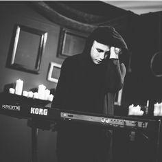 "Josh Balz- Motionless In White ""Break The Cycle"""