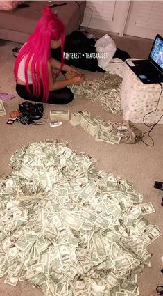 Money goals best walking shoes for 60 year old woman - Woman Shoes Weed Art, Mo Money, How To Get Money, Cash Money, Money Pics, Money Meme, Money Pictures, Money Box, Flipagram