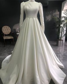 Wedding Hijab Styles, Vintage Style Wedding Dresses, Wedding Dress Trends, Best Wedding Dresses, Muslimah Wedding Dress, Pakistani Wedding Dresses, Dress Muslimah, Kebaya Wedding, Elegant Dresses Classy