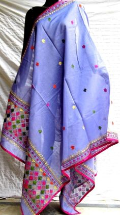 Heavy Dupatta, Silk Dupatta, Desi Girl Image, Girls Image, Phulkari Suit, Kalamkari Saree, Dressing Sense, Indian Textiles, Traditional Looks