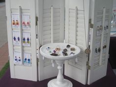 Mini shutters would also be great for displaying cards, bookmarks, mini wreaths, or other small papercrafts.