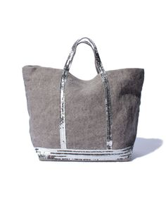 sac vanessa bruno en lin gris Sac Vanessa Bruno, Clutch Bag, Tote Bag, Leather Art, 50 Shades Of Grey, Summer Bags, Spring Summer Fashion, Passion For Fashion, Bag Accessories