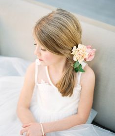"""Will You Be My Flower Girl?"" Shoot - Hair & Makeup: Beauty & the Blush - Nicole Berrett Photography Super Cute Hairstyles, Flower Girl Hairstyles, Hairstyles Haircuts, Braided Hairstyles, Designer Flower Girl Dresses, Cute Buns, Wedding Gallery, Flowers In Hair, Hair Pieces"