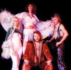ABBA was a Swedish pop group formed in Stockholm in 1972 comprising Agnetha Fältskog Björn Ulvaeus Benny Andersson and Anni-Frid Lyngstad. Mamma Mia, Stockholm, Mode Disco, Frida Abba, Abba Mania, Musica Pop, 70s Aesthetic, Look Retro, Disco Party