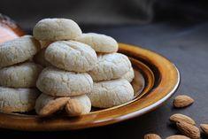 #yemekmutfak #kurabiyetarifleri #kurabiye #cookies  #recipe #amaretti  #almond