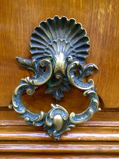 Door Knocker In Paris, France. On The Rue De Astorg 10/2015