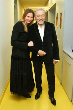 Karel Gott with wife Ivana Gott Karel, Friendship, Celebrities, Dresses, Fashion, Historia, Memories, Bakken, Vestidos