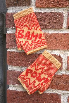 Fightin' Words fingerless gloves pattern by Annie Watts via Ravelry.