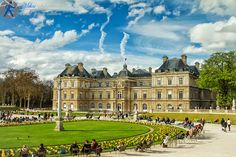 Luxembourg Palace from Paris. A beautiful picture taken close to the sunrise. Luxembourg, Palace, Sunrise, Travel Photography, Beautiful Pictures, Louvre, Paris, Mansions, House Styles