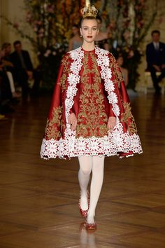 See the Dolce & Gabbana spring/summer 2015 couture collection