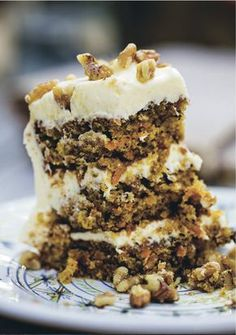 Carrotcake with Cream Cheese Frosting, Hellstrøm Sweets Recipes, Baking Recipes, Cake Recipes, Russian Cakes, Norwegian Food, Sweets Cake, Cake With Cream Cheese, Pastel, Let Them Eat Cake