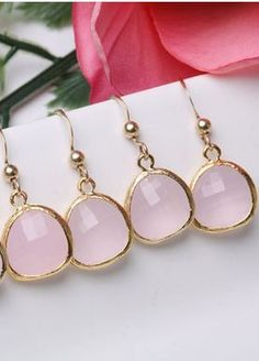 bridesmaid earrings by tyrahandmade....  forget the bridesmaids I want a pair for myself!