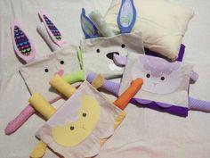 Naninhas tecido 100% algodão, capa removível para lavagem, travesseiro com enchimento antialérgico.