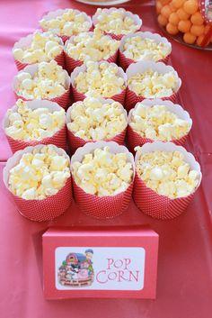 Love these mini sized popcorn serves