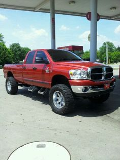 "07 Dodge Cummins Big Horn 6"" lift on 38"" tires."