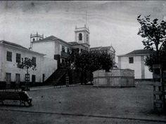 1900s? - Praça Francisco Ornelas da Câmara, Praia da Vitória, Ilha Terceira.   Câmara Municipal da Praia à esquerda.