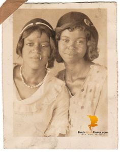 Antique Pretty African American Women Photo Old Black History Americana – BlackHistoryPhotos.com - Then. Now. Forever.