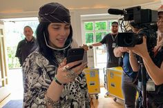 The rise of the 'insta-doc' is changing documentaries' nature Billie Eilish, Apple Tv, Britney Spears, Gopro, Taylor Swift, Kardashian, Netflix, Documentary Filmmaking, Everything She Wants
