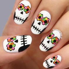 Fantastic Halloween Nail Ideas: Choose Cute or Terrifying ★ See more: https://naildesignsjournal.com/fantastic-halloween-nail-ideas/ #nails