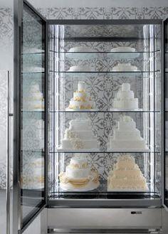 upright, cake, refrigerated, pastry, display case. www.advancedgourmetdisplays.com