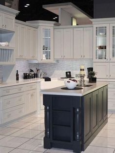 Uplifting Kitchen Remodeling Choosing Your New Kitchen Cabinets Ideas. Delightful Kitchen Remodeling Choosing Your New Kitchen Cabinets Ideas. Refacing Kitchen Cabinets, Kitchen Cabinet Remodel, Farmhouse Kitchen Cabinets, Diy Kitchen Remodel, Kitchen Cabinet Design, Interior Design Kitchen, Cabinet Refacing, Modern Grey Kitchen, Grey Kitchen Designs