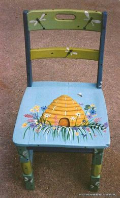 Silla. Painted Childs ChairHand ...