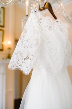 Pretty dress: http://www.stylemepretty.com/little-black-book-blog/2015/03/26/elegant-lowndes-grove-plantation-wedding-2/ | Photography: Aaron & Jillian - http://www.aaronandjillian.com/