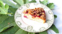Un delizioso, croccante crumble di corn flakes e mandorle che rende speciale questa morbida torta da merenda e colazione. Ricetta facile! Corn Flakes, Quiche, Bread, Breakfast, Food, Morning Coffee, Eten, Quiches, Bakeries