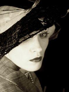 The writer Isak Dinesen (Karen von Blixen-Finecke), 1920s