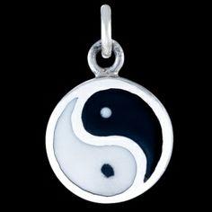 Silver pendant, enamel, jin-jang Silver pendant, Ag 925/1000 - sterling silver. Enamel, jin-jang. Dimensions approx. 24x16mm without hanging loop.