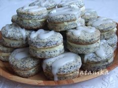 Makové koláčiky s citrónovým krémom (fotorecept) - recept Tiramisu, Cheesecake, Muffin, Cooking Recipes, Cookies, Erika, Breakfast, Poppy, Desserts